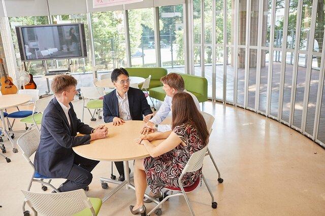 グローバルを疑似体験!専任のネイティブ教員、留学生 多様な価値観と出会える場所