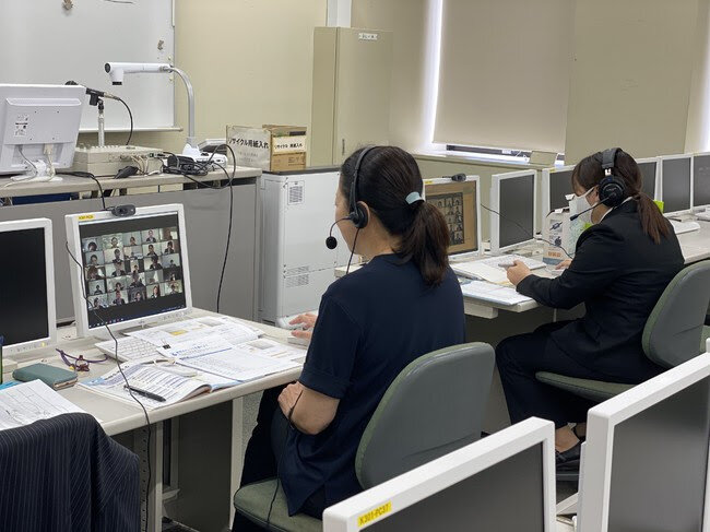 400名10クラス ほとんどの3年生が受講前例のないオンラインでの訓練型キャリア支援