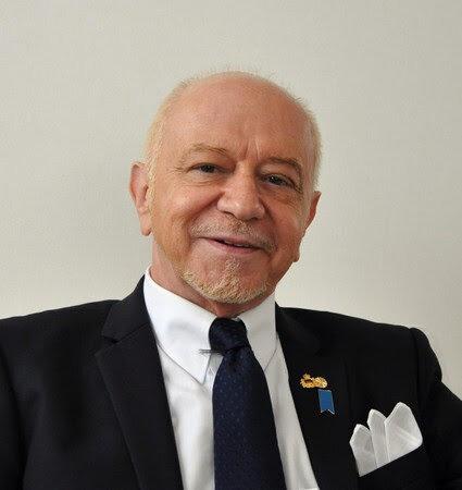 マンリオ・カデロ氏に名誉博士号を授与講演「駐日外交団長から見た、日本と世界」-2020年9月9日  授与式・記念講演会 開催-
