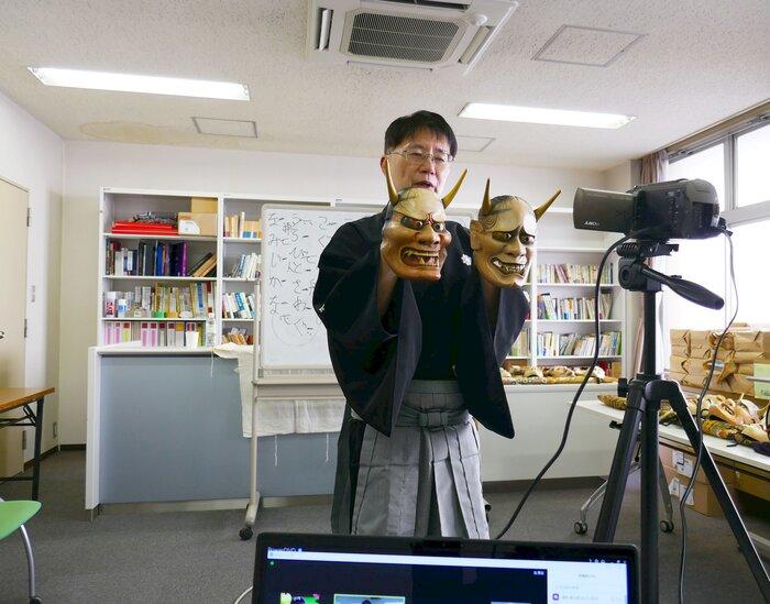 【開催報告】「日本文化入門」にて能楽師 梅村昌功先生によるオンライン特別講義を開催
